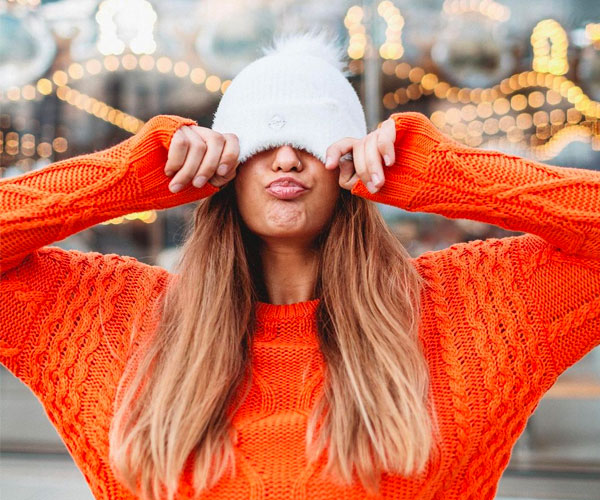 Shop women's scarves, hats and gloves