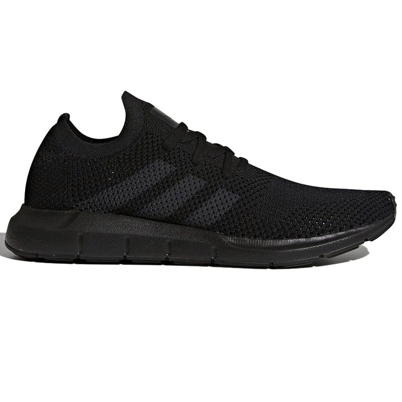 the best attitude 8d02e fe95a adidas Originals Swift Run Trainers Core Black - Click to view a larger  image